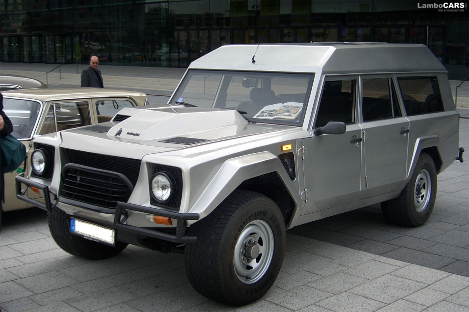 Lamborghini LM002 Salvatore Diomante, estate wagon