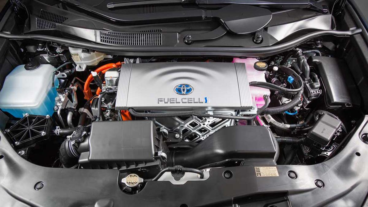2016 Toyota Fuel Cell Vehicle, водневі паливні елементи, Toyota Mirai