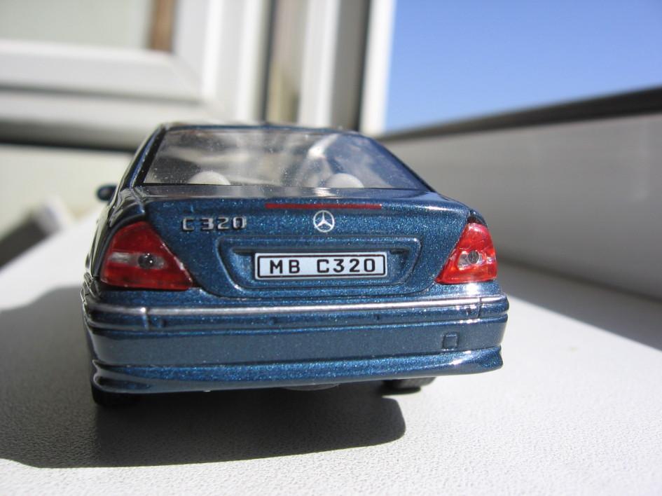 Mercedes-Benz C320, колекційні моделі