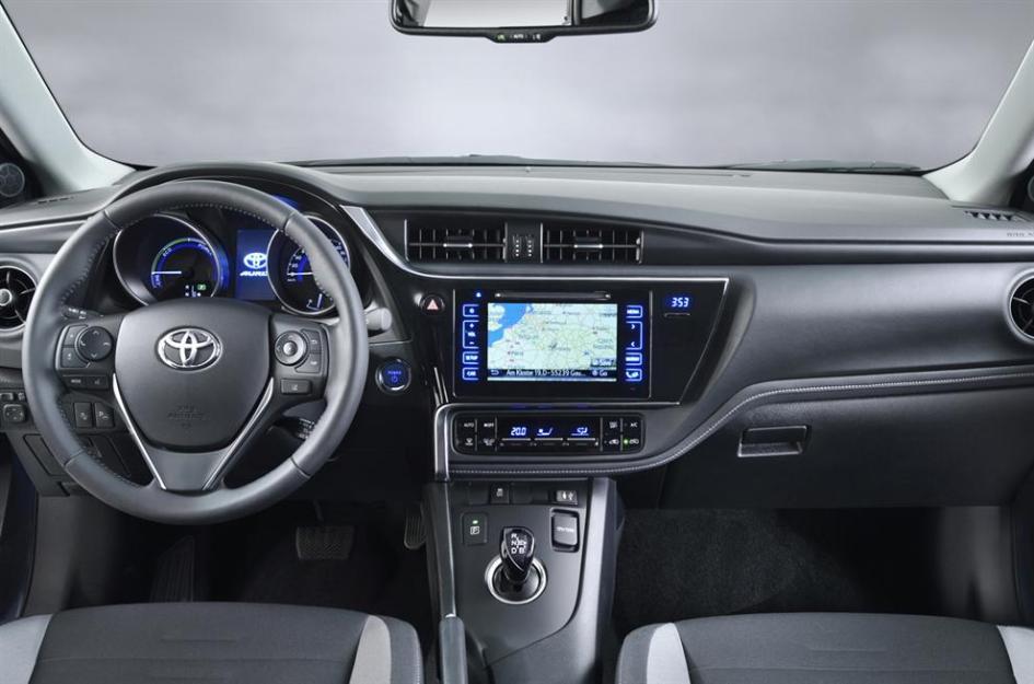 фото Toyota Auris 2015, hybrid, рестайлінг, гібрид, інтер'єр