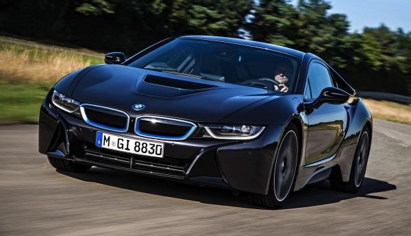 фото BMW i8 2020