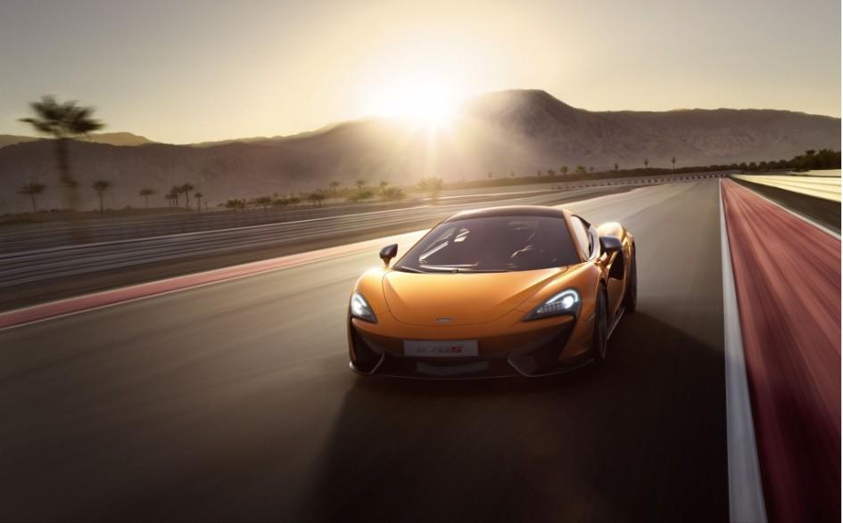 фото McLaren 570S 2015, New-York car show, Нью-Йоркське автошоу, Porsche 911 Turbo S, Audi R8 Plus