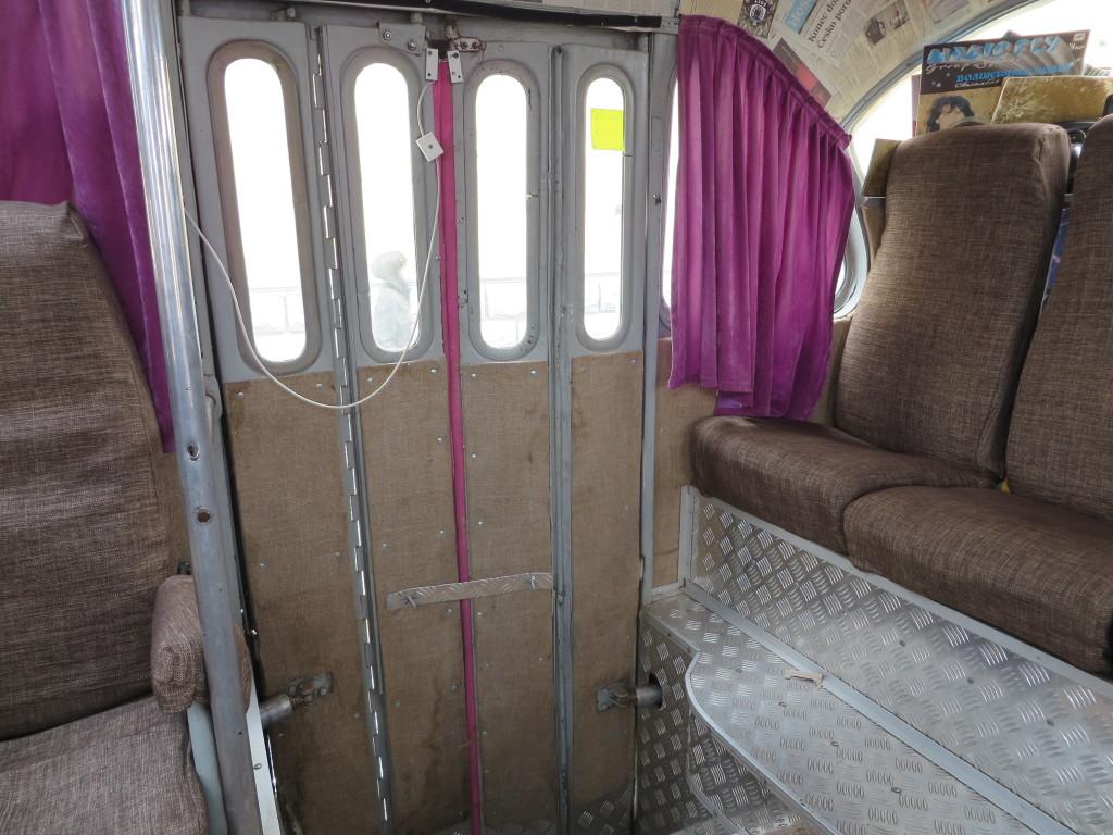 фото ЛАЗ-695Б, кофейбус-2, задні двері
