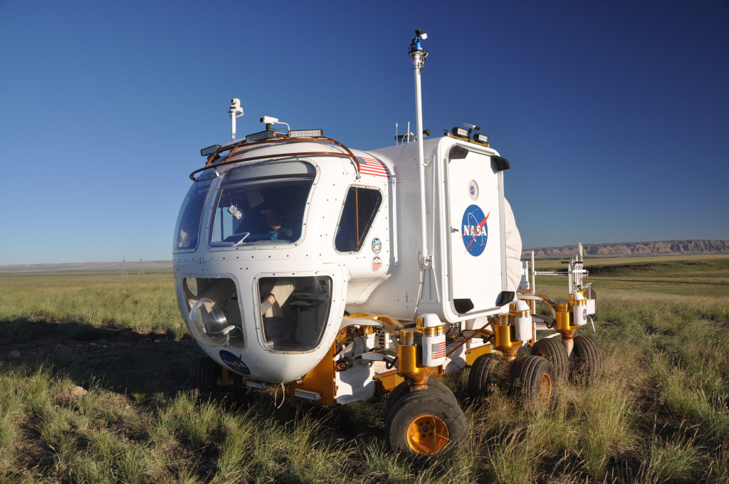фото ТОП-10 автомобілів, що змінили світ, Space Exploration Vehicle, SEV, космос