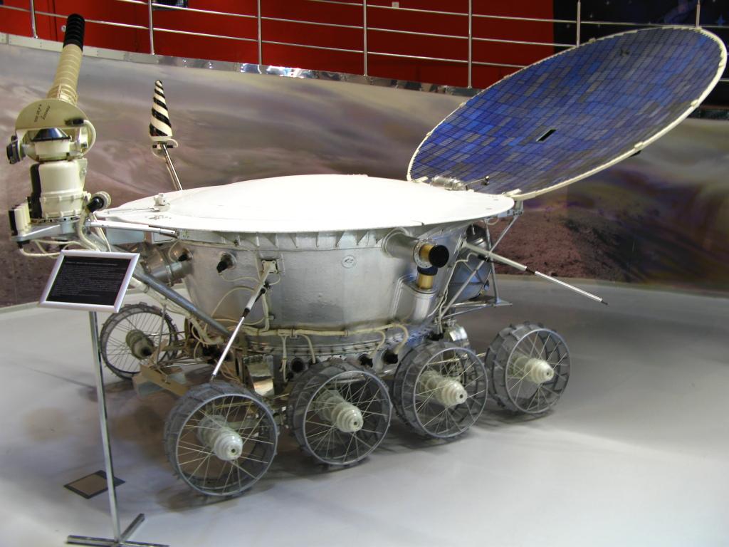 фото ТОП-10 автомобілів, що змінили світ, місяцехід