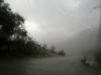 Як їздити у дощ?