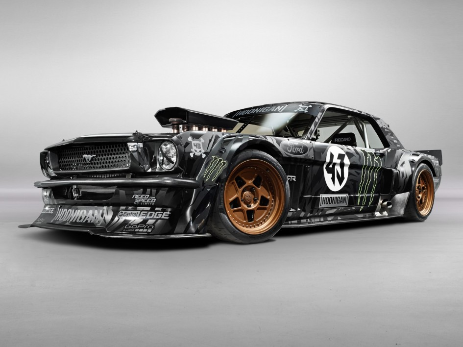 фото Ford Mustang Hoonicorn RTR