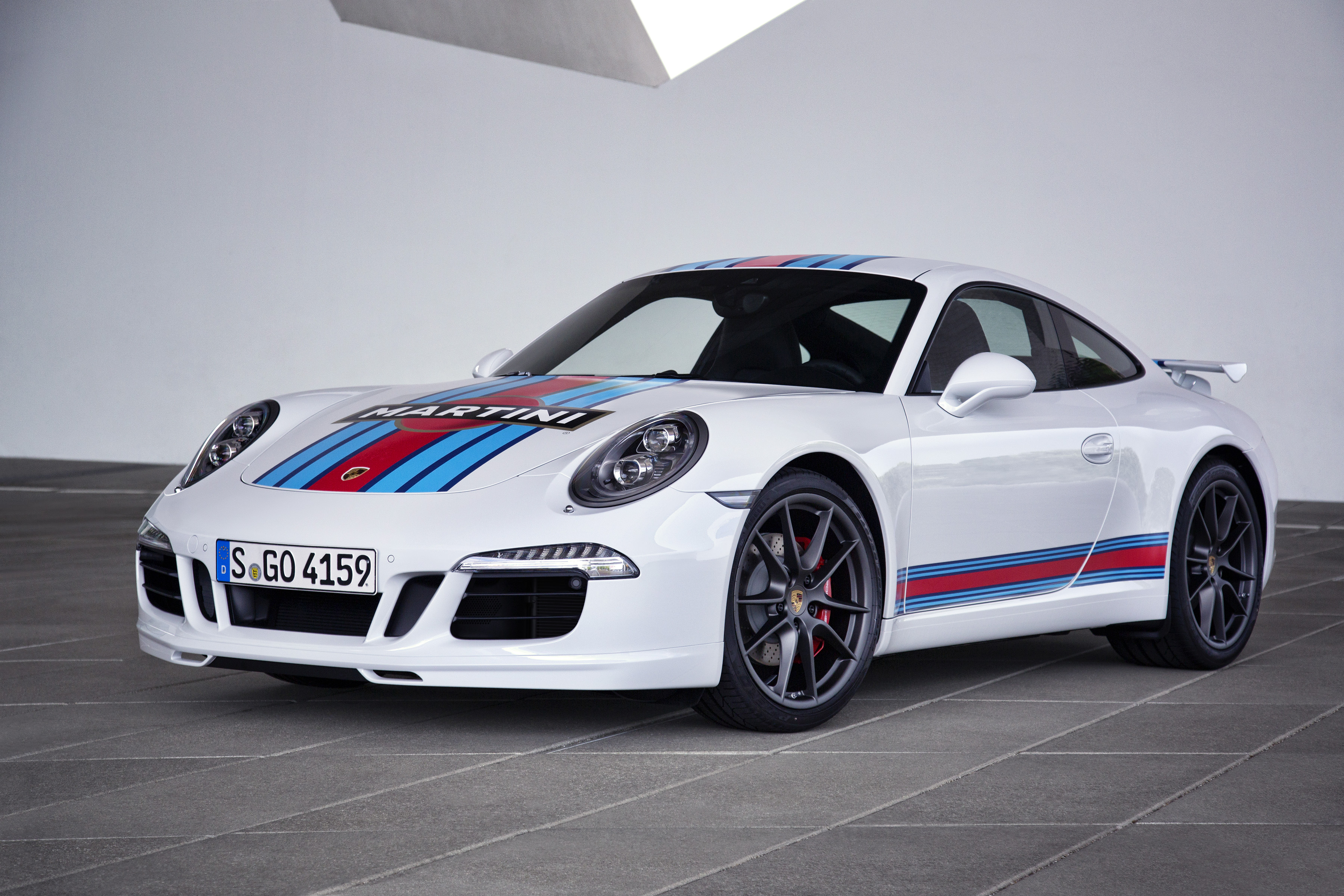 фото Porsche 911 S Martini Racing Edition
