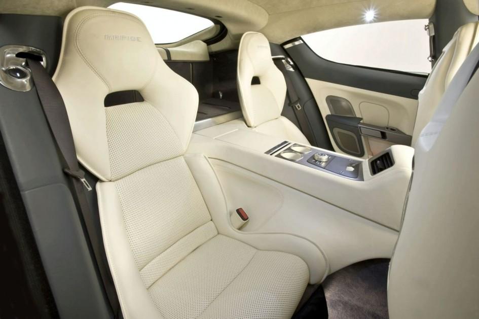 фото Aston Martin Rapide