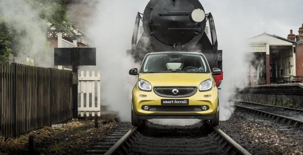 фото Smart Forfour 2015, колія, рейки, залізниця, Forrail, Англія