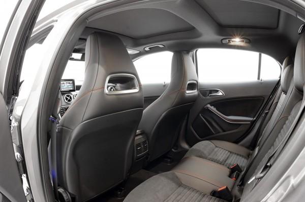 фото Mercedes-Benz GLA45AMG