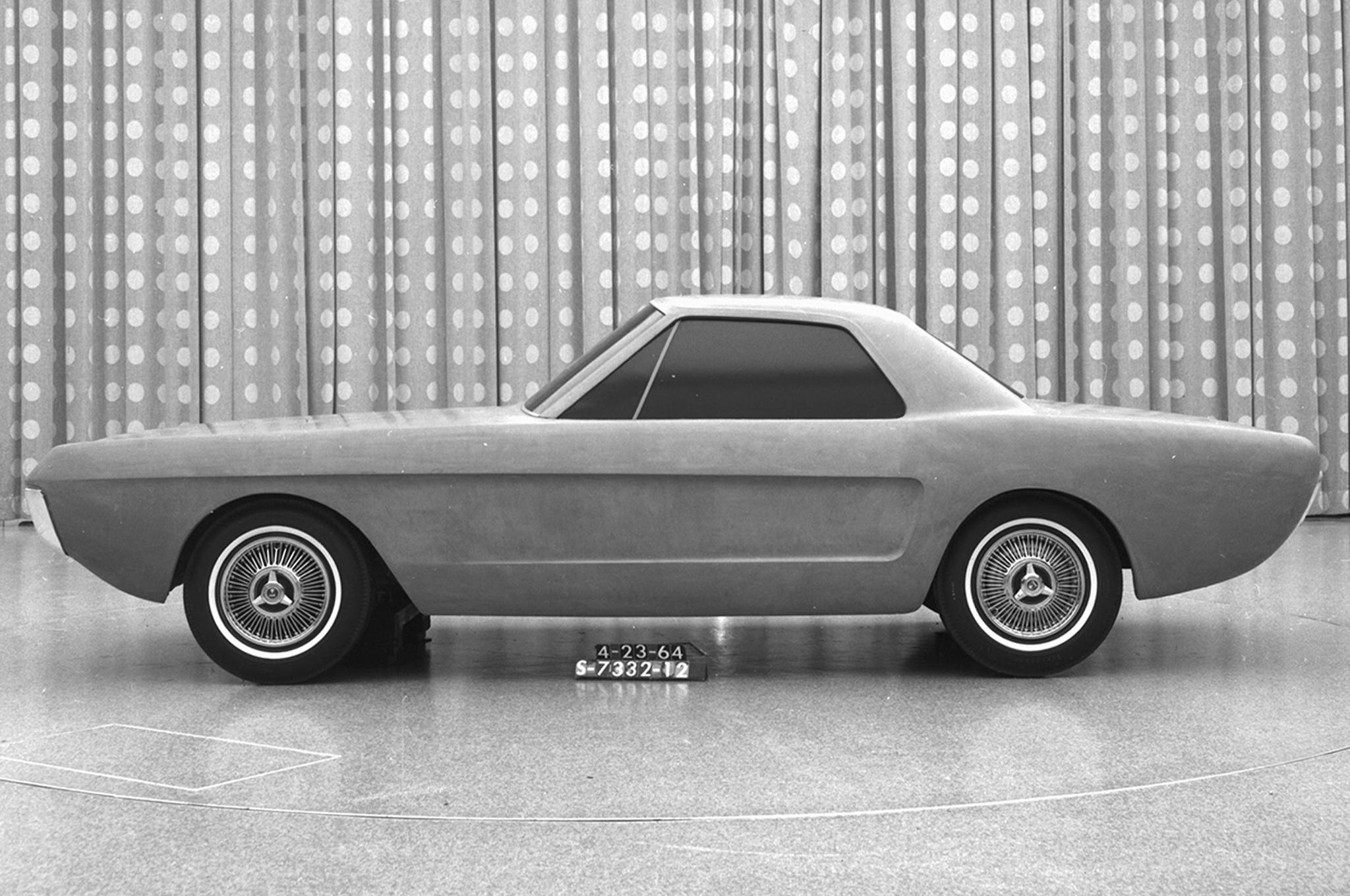1964р. Двомісний прототип, фото Ford Mustang