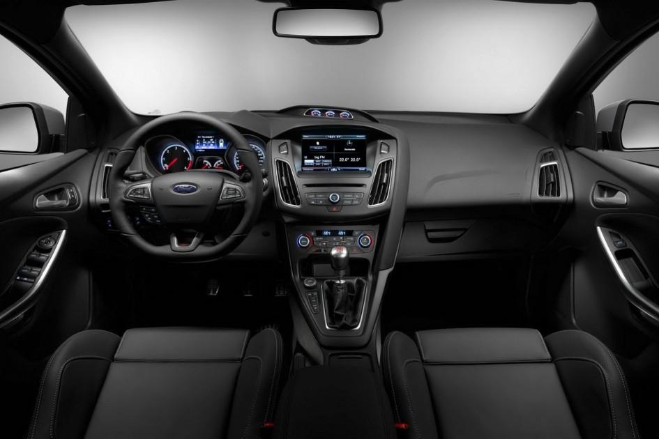 фото Ford Focus ST