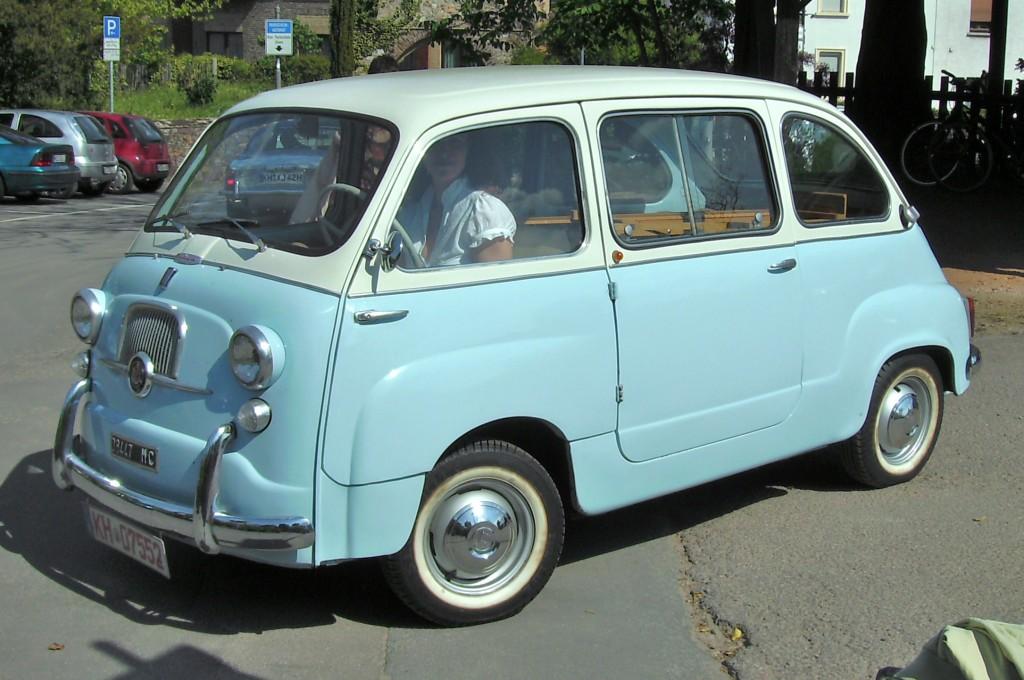 фото FIAT 600 Multipla.