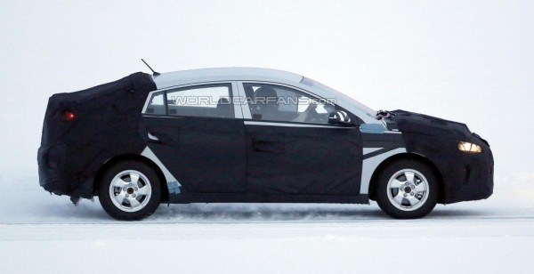 фото Hyundai гібрид, hybrid, Toyota Prius