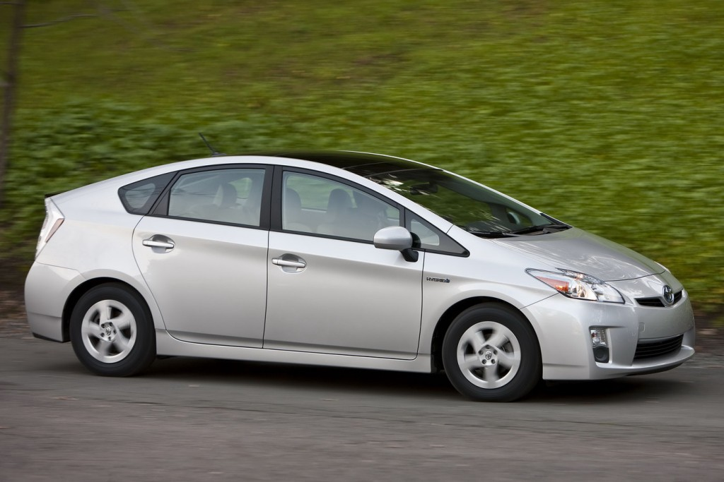 фото Toyota Prius, DEKRA, надійність