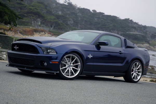 фото Ford Mustang Shelby GT500 Super Snake