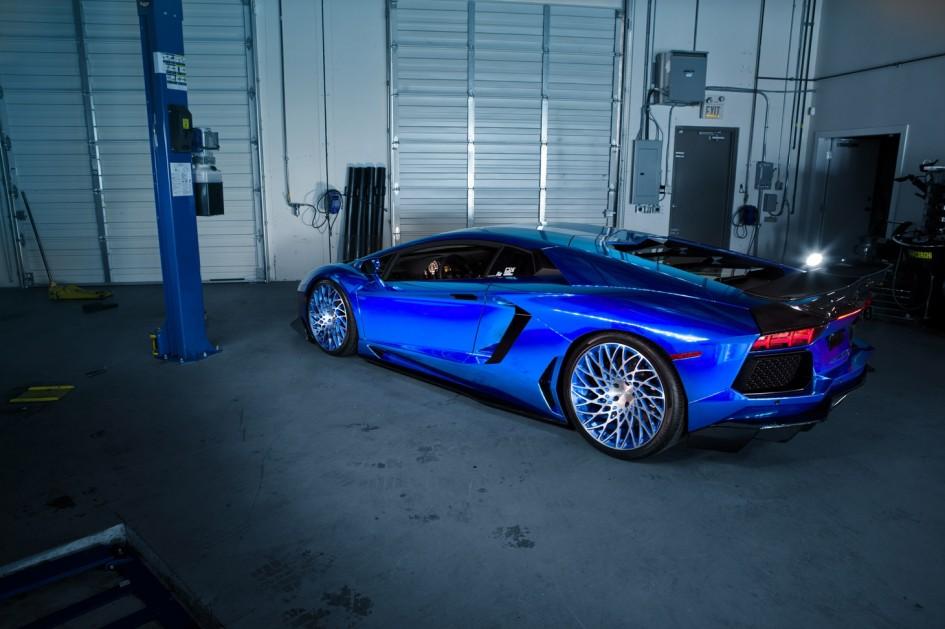 фото Lamborghini Аventador PUR RS09