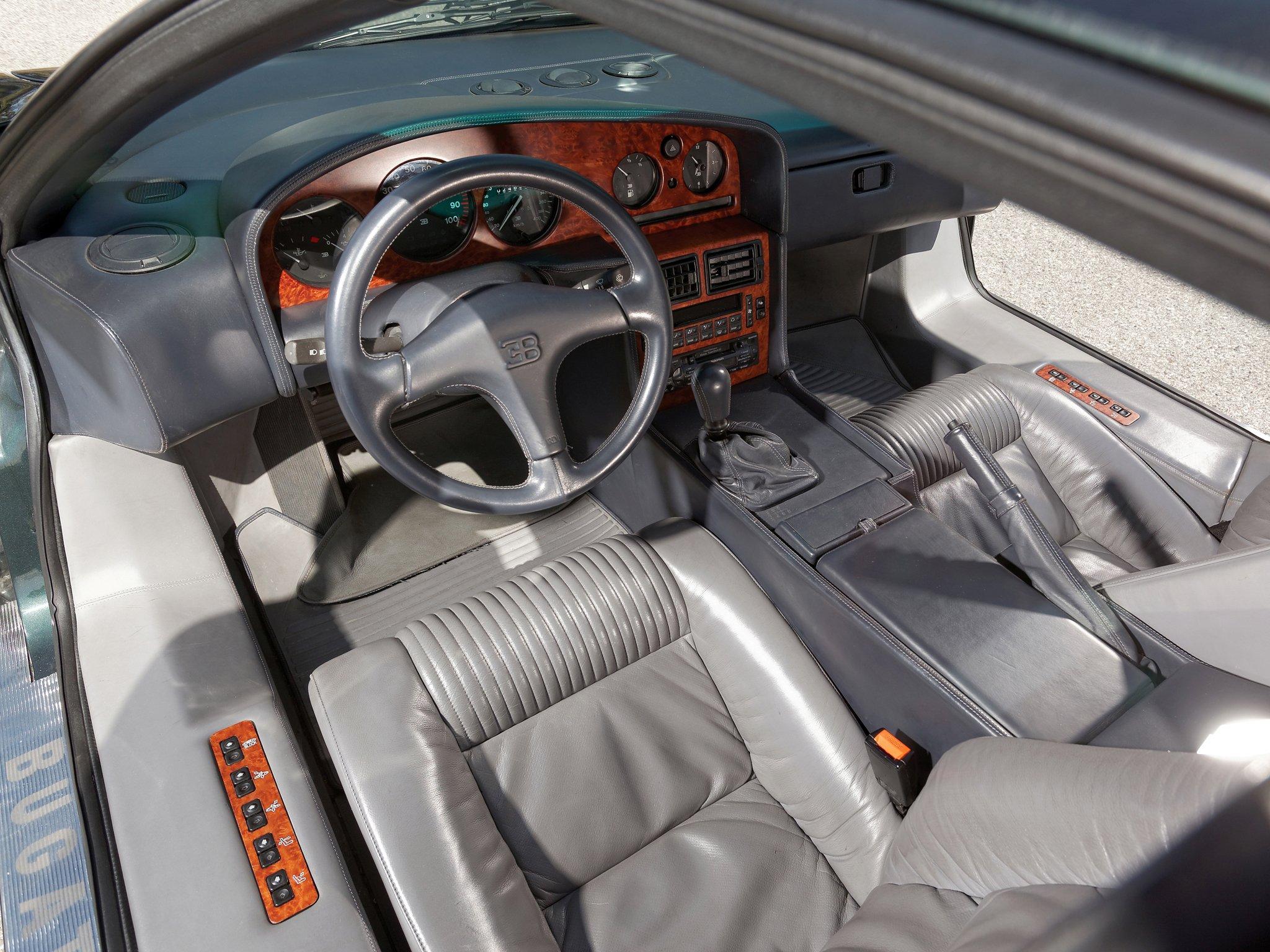 фото Bugatti EB110