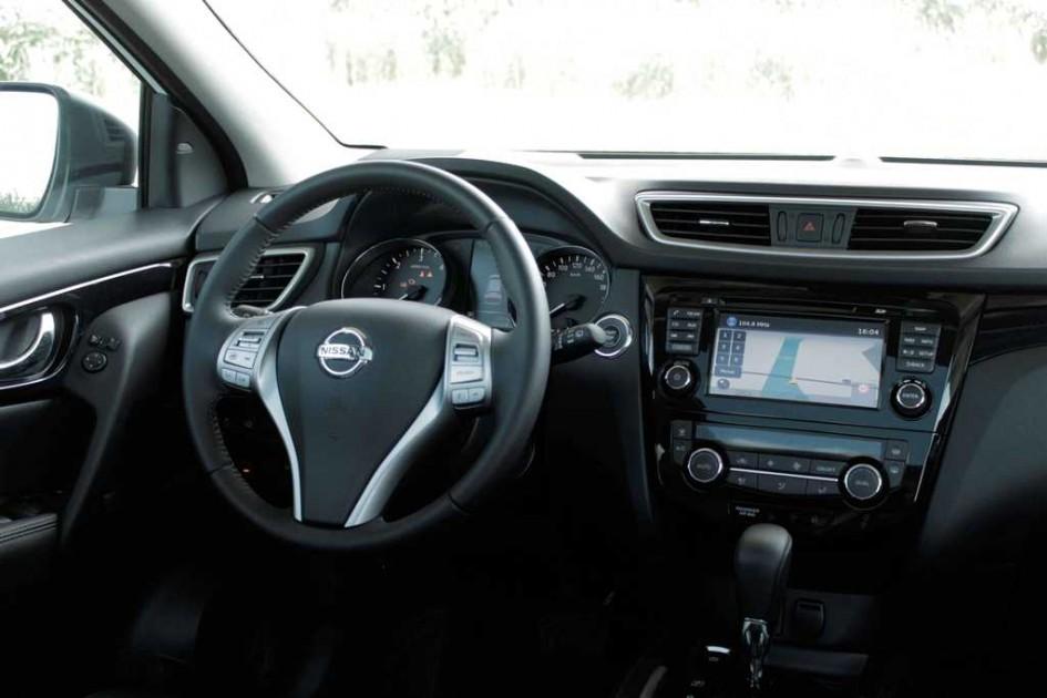 фото Nissan Qashqai, Сандерленд, Великобританія, 500 000, Ford Cortina MK1, Austin/Morris 1100/1300