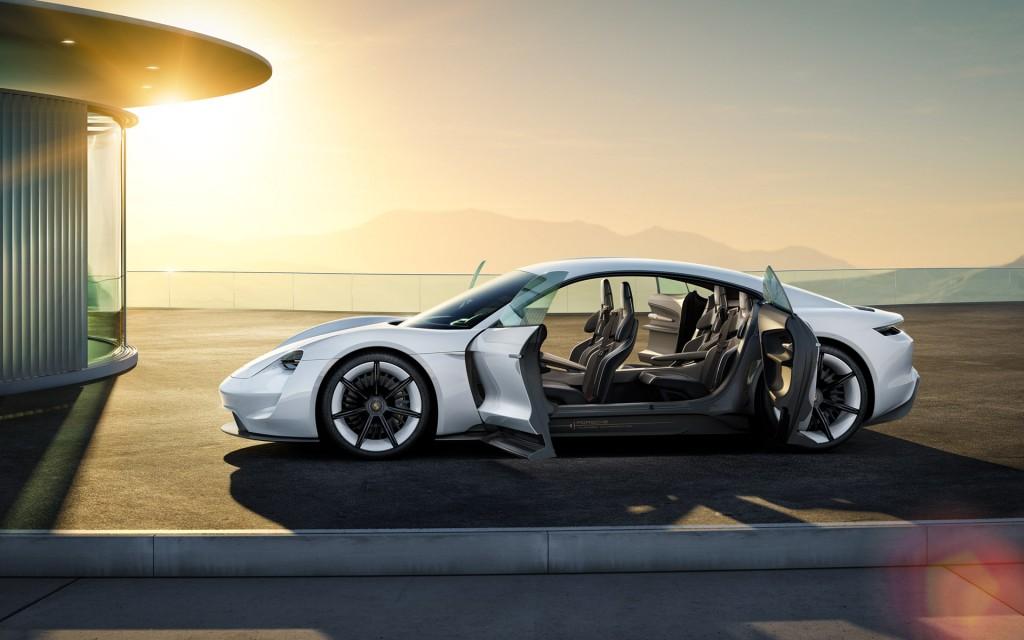 фото Porsche Mission E Concept, Panamera, Tesla, електромобіль, Франкфурт