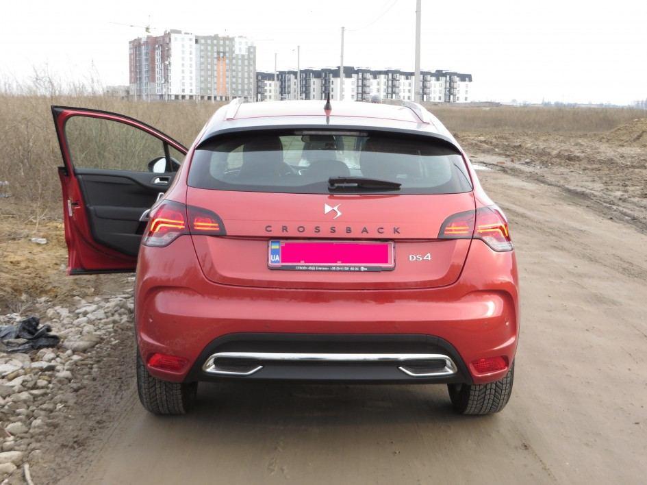 тест-драйв Citroen DS4 Crossback, 1,6, 2,0 HDi, Start&Stop, DS Wings, DS LED
