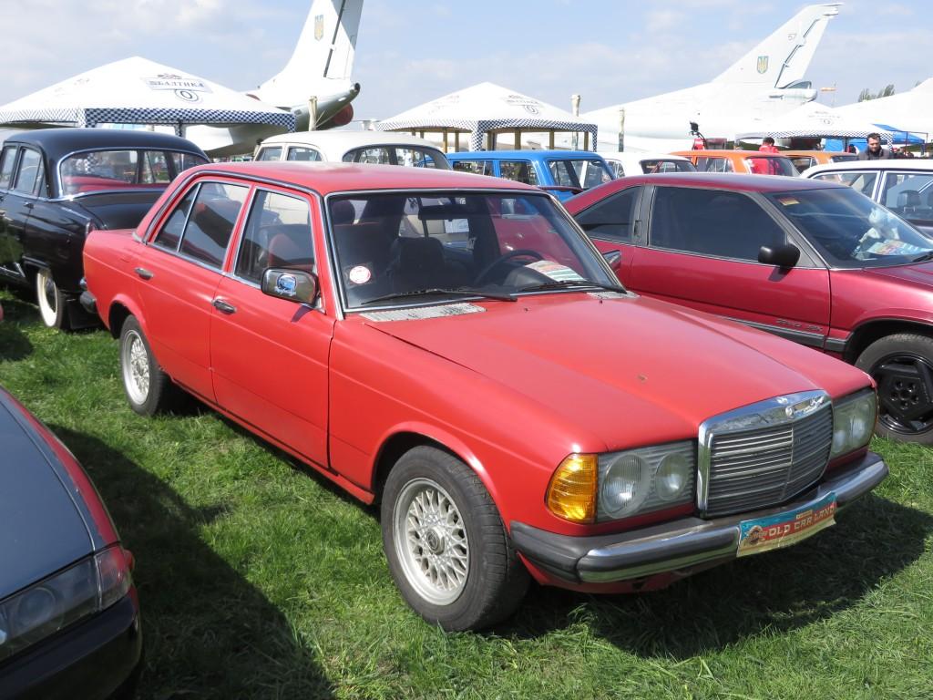 автомобілі, OldCarLand-2016, Mercedes-Benz W123 240