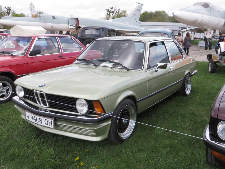 автомобілі, OldCarLand-2016, BMW E21