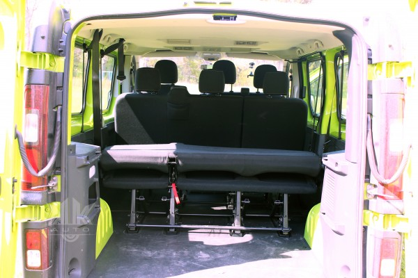 тест-драйв Renault Trafic kk-auto.com.ua