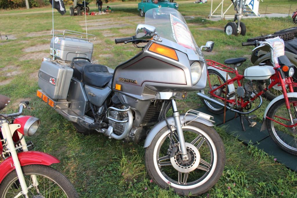 OldCarLand-2016, ХВЗ В-301, Рига-1, Zundapp KS750, Honda GL-500