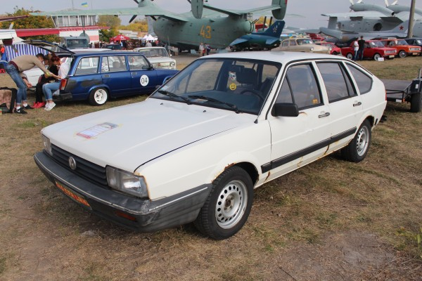 OldCarLand-2016, VW Transporter T2, VW Passat
