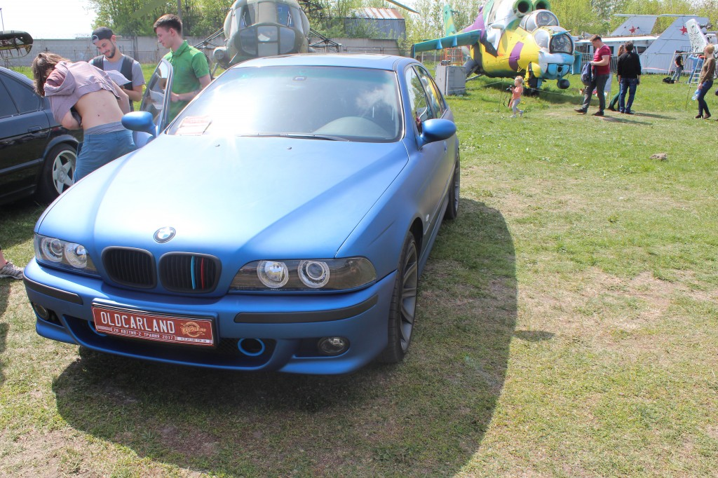 OldCarLand-2017, BMW 540i E39