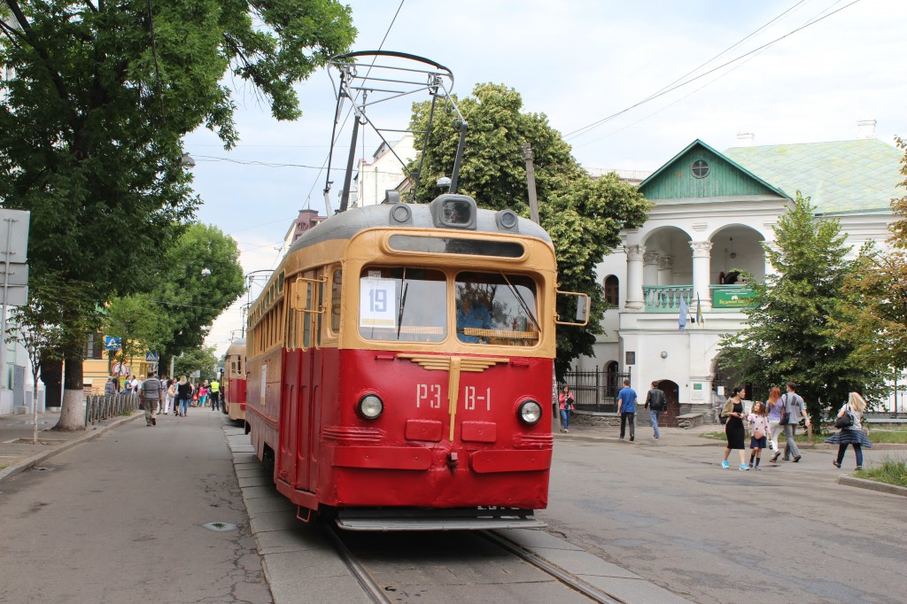 Parad trams 125 years Kyiv, рейкозварювальний трамвайний вагон РЗВ-1, парад трамваїв