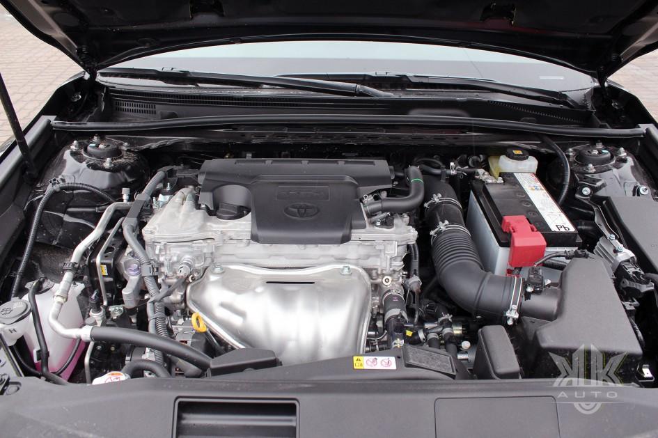 Toyota Camry, тест-драйв