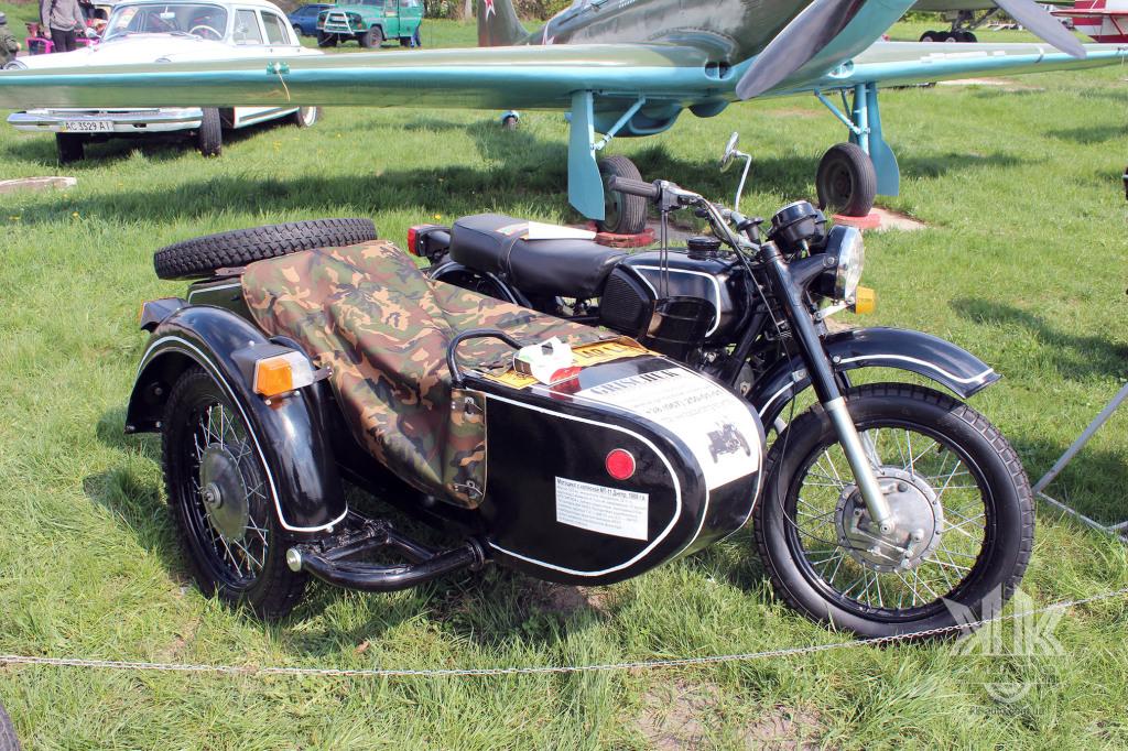 OldCarLand-2018, мотоцикл з каляскою МТ-11 Дніпро, мотоцикли