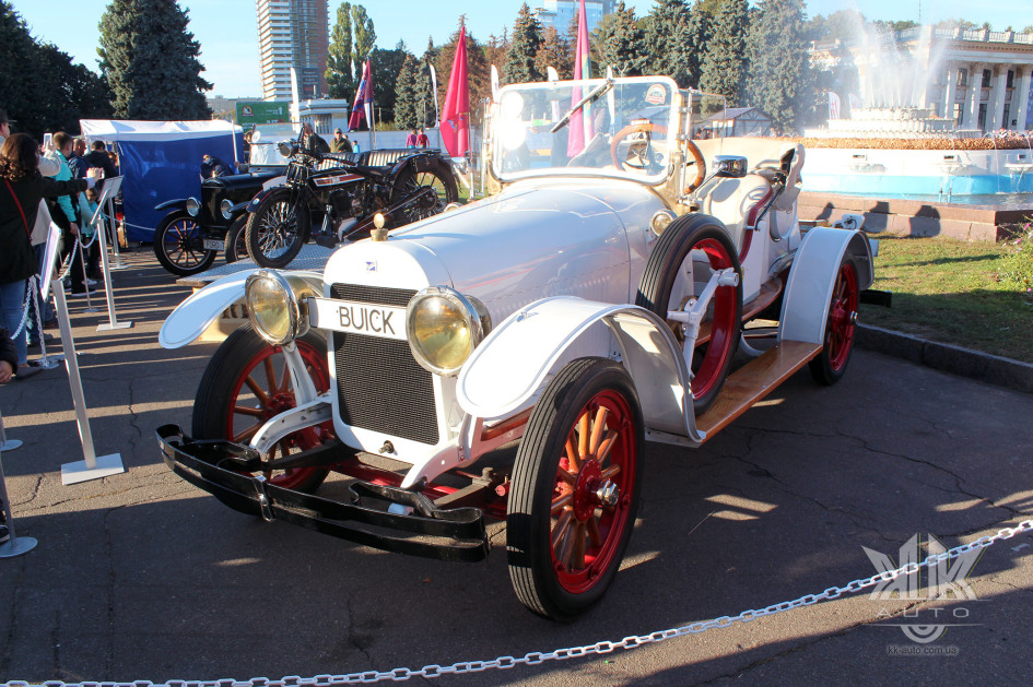 OldCarLand-2018, Buick