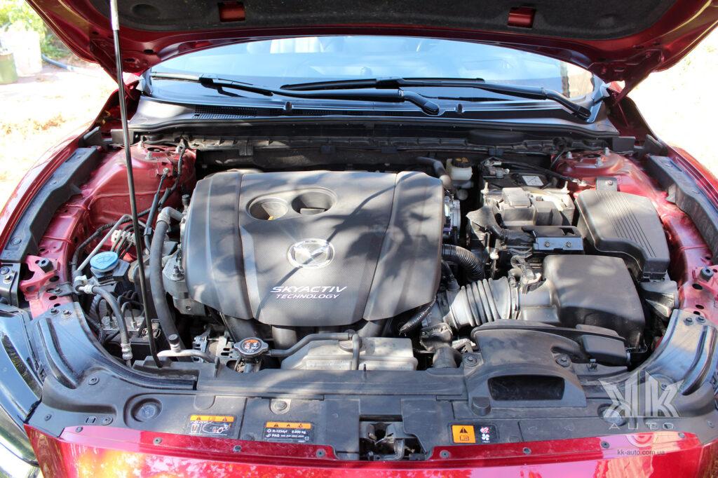двигун Мазда 6