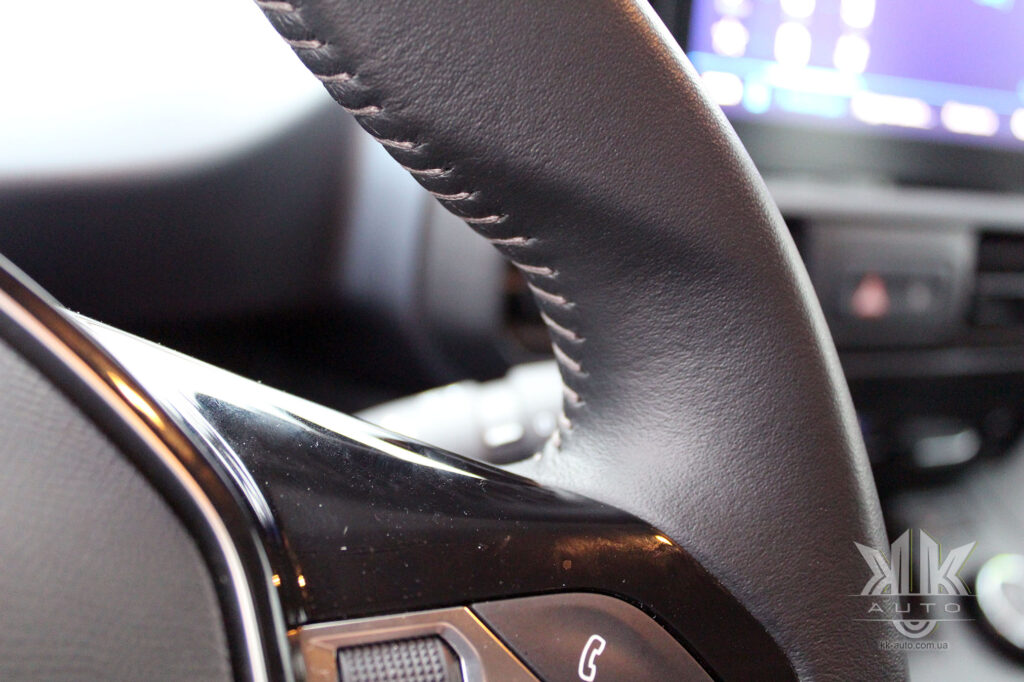 обшивка керма Peugeot Rifter