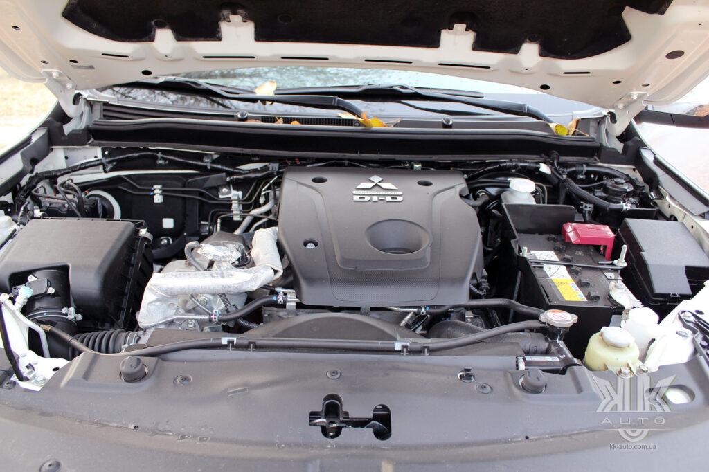 Тест-драйв Mitsubishi L200, мотор