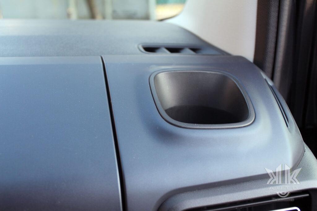 підсклянник Peugeot Rifter