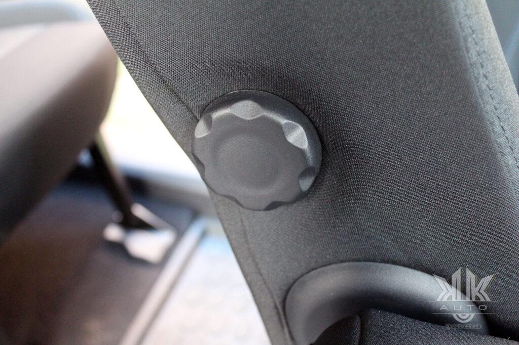 Тест-драйв Peugeot Rifter, регулювання крісла