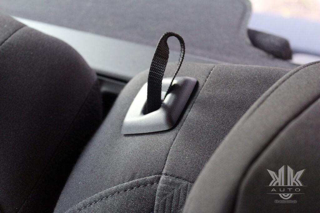 Тест-драйв Peugeot Rifter, петля для трансформації сидіння