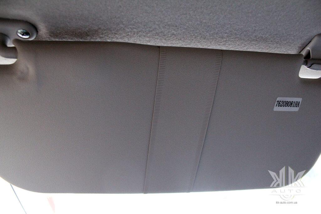 Тест-драйв Mitsubishi L200, козирок
