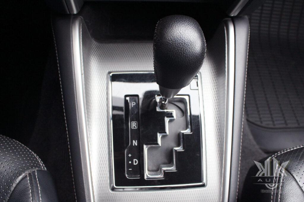 Тест-драйв Mitsubishi L200, селектор АКП