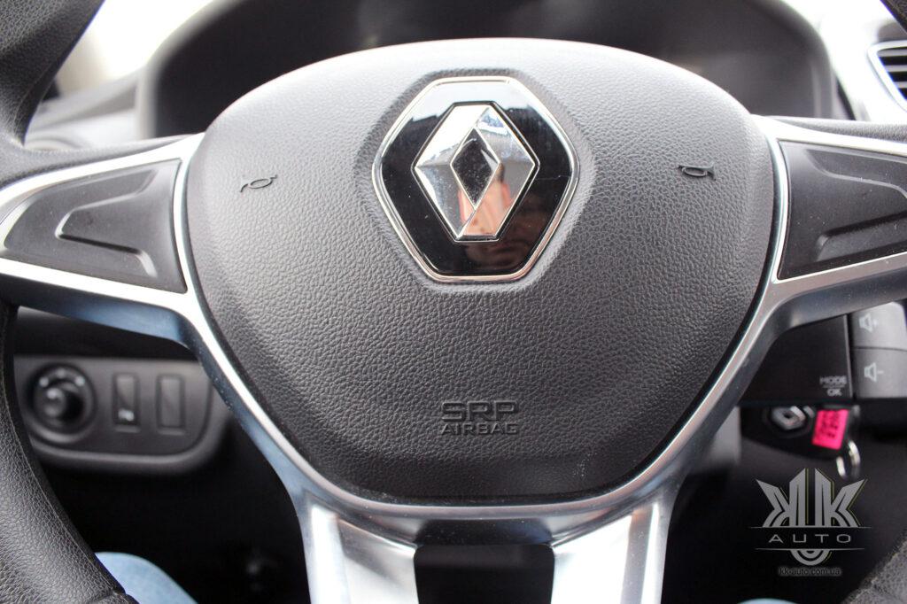 Тест-драйв Renault Logan, airbag
