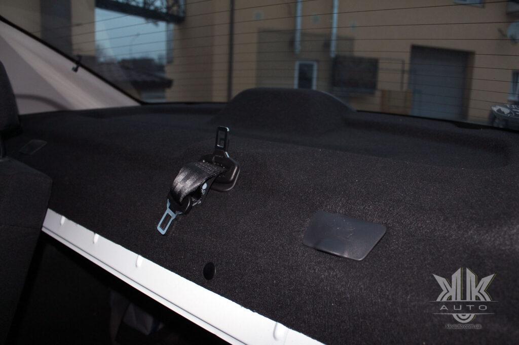 Тест-драйв Renault Logan, поличка