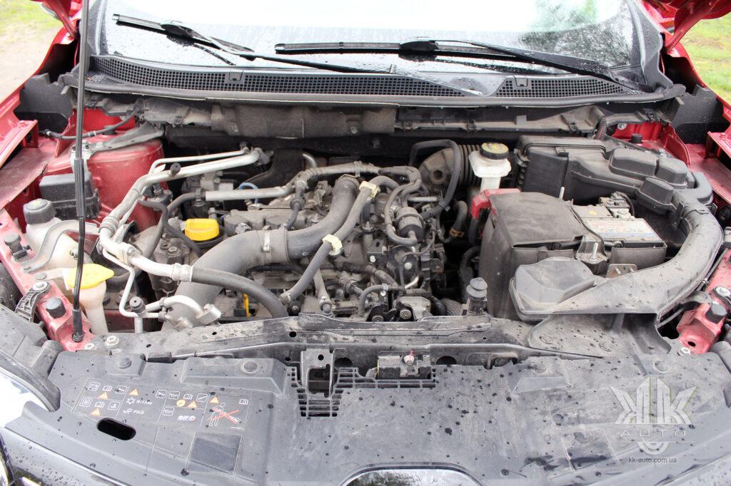 Тест-драйв Renault Kadjar, інжекторний двигун