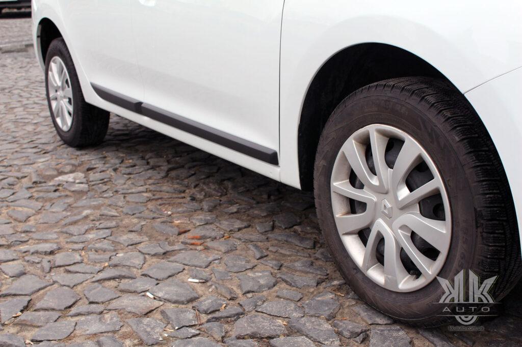 Тест-драйв Renault Logan, EBA