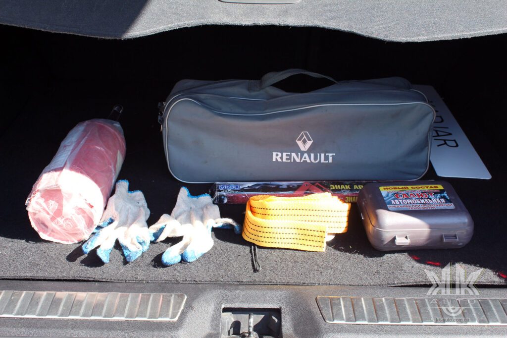 Тест-драйв Renault Kadjar, дорожній набір