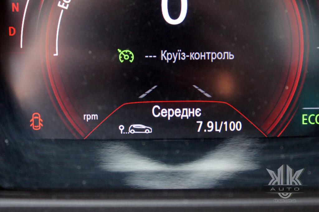 Тест-драйв Renault Kadjar, панель приладів